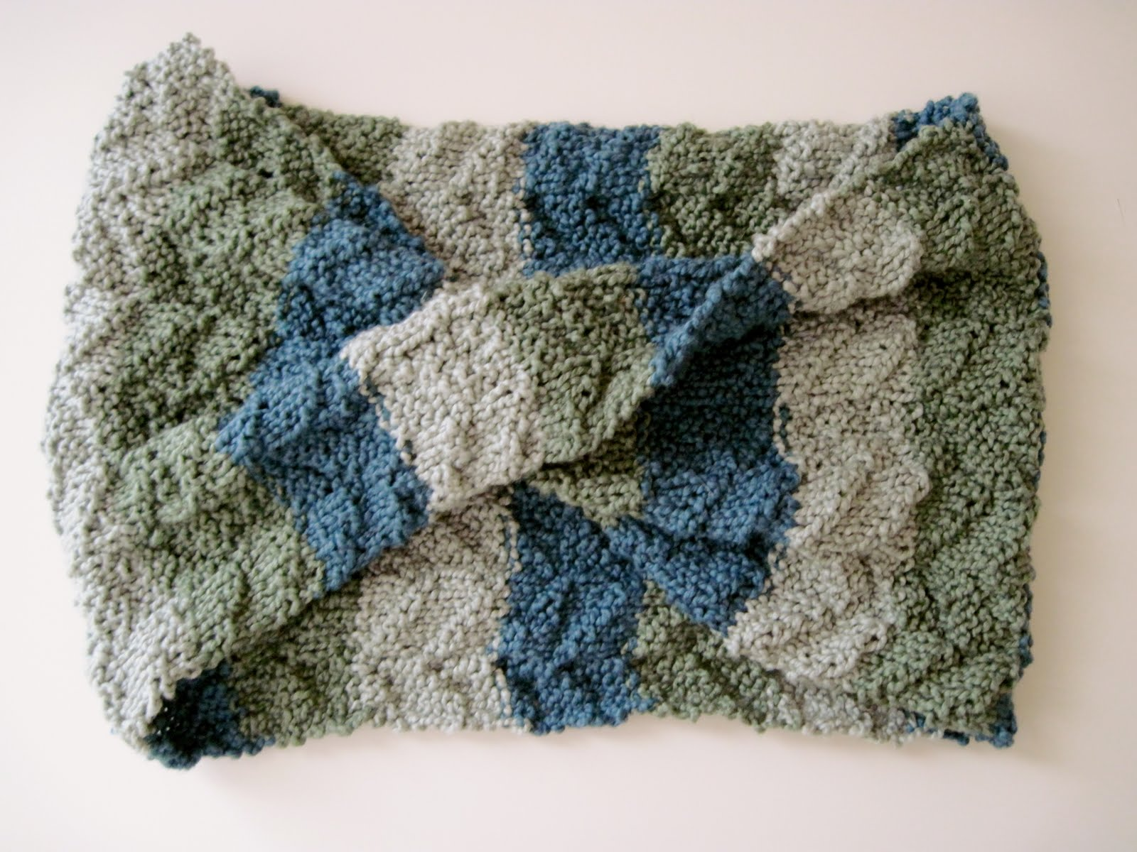 Croshay Knitting : free knitting pattern tide pool scarf Free Patterns Knit Crochet ...