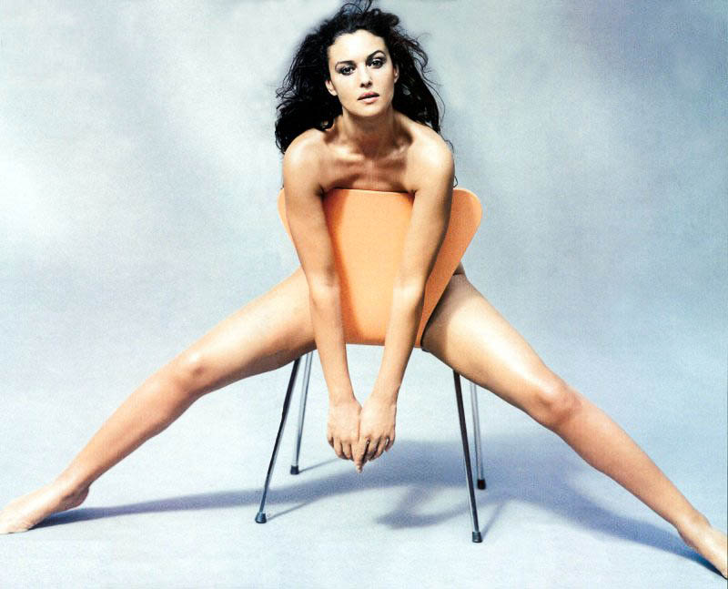 10 of The Coolest Photos of Monica Bellucci