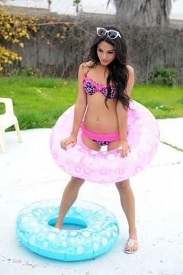 Vanessa Hudgens - imaginea Candie's