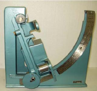 universal strength machine