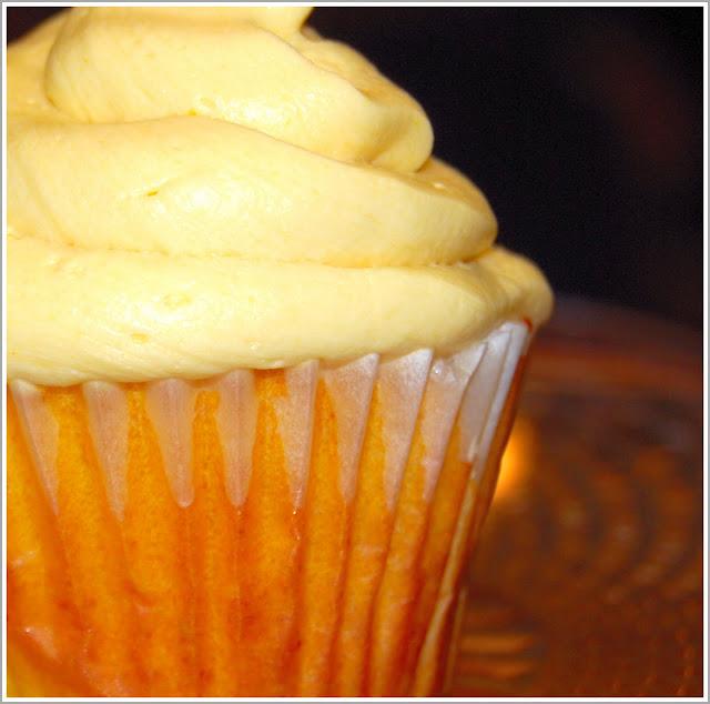 Vegan Mango Cupcakes - holycowvegan.net