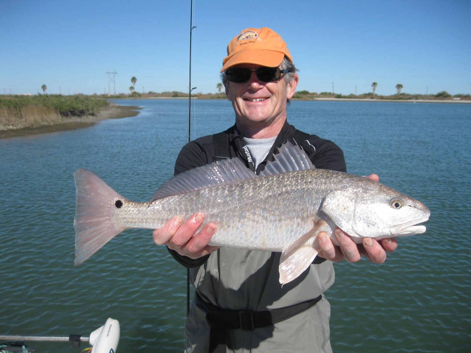 Ron 39 s rockport fishing reports low water black drum for Rockport texas fishing report