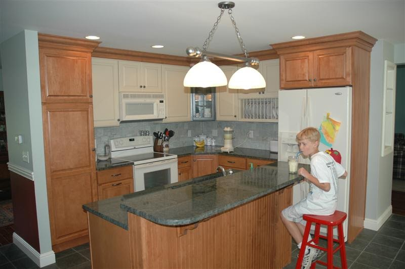 Choosing the right bathroom cabinet basics of small for Basic kitchen remodel ideas