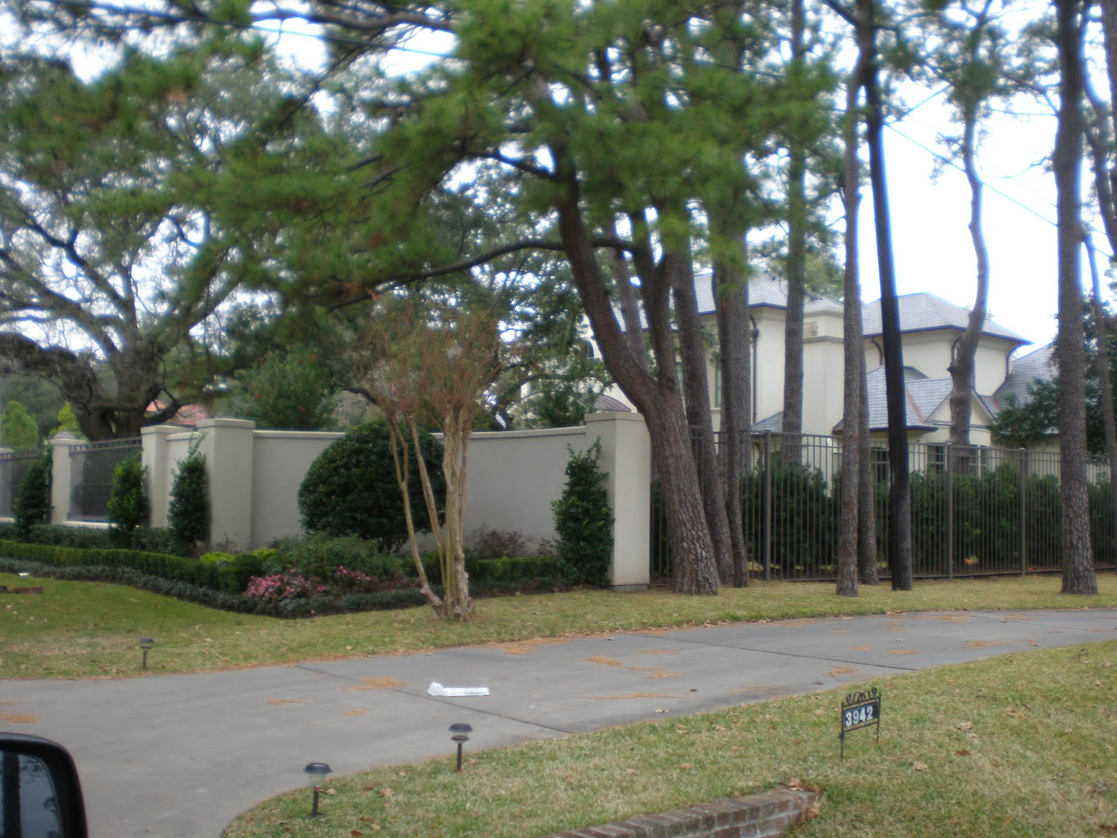 Pics of Joel Osteen's House http://www.cenlanews.com/2011/01/joel-osteens-estate-in-houston.html#!