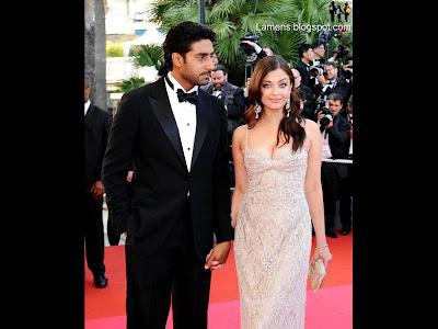 Aishwarya Rai Latest Romance Hairstyles, Long Hairstyle 2013, Hairstyle 2013, New Long Hairstyle 2013, Celebrity Long Romance Hairstyles 2433