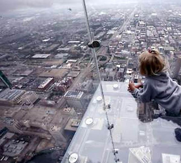 glass balcony,ledge sears towers,latest photos