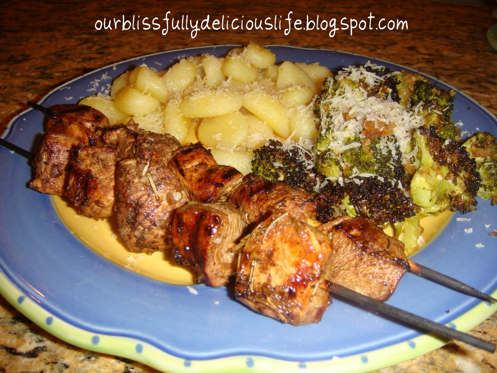 Our Blissfully Delicious Life: Marinated & Grilled Chicken Kabobs