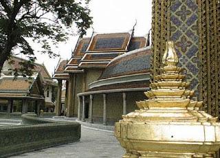 Wat Rajabopit Sathitmahasimaram Rajaworavihara - Special Temple in Bangkok