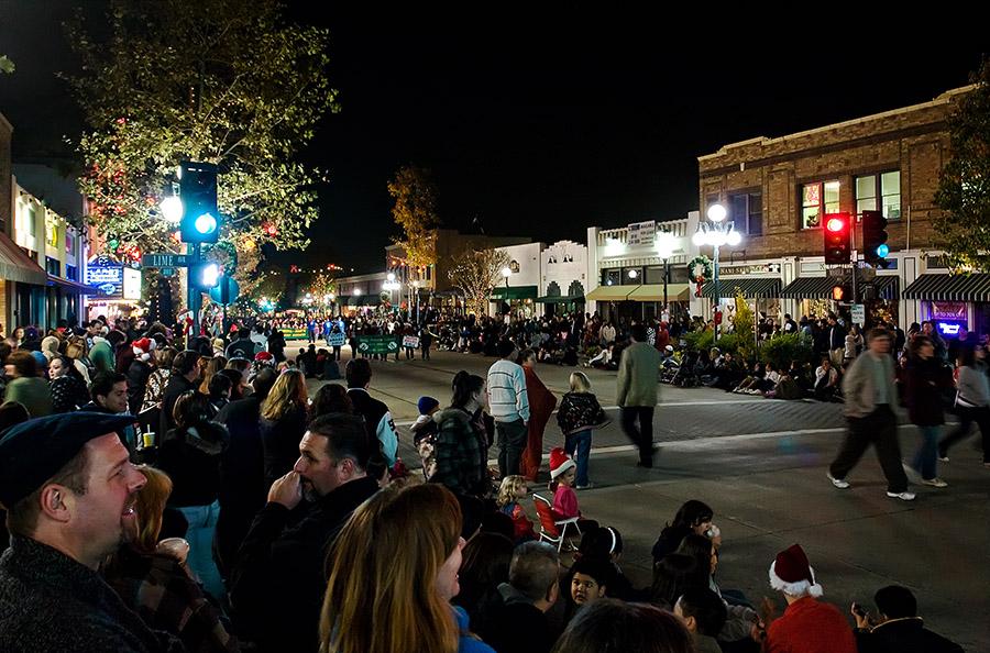 [Holiday Parade Crowd Final GCI.jpg]