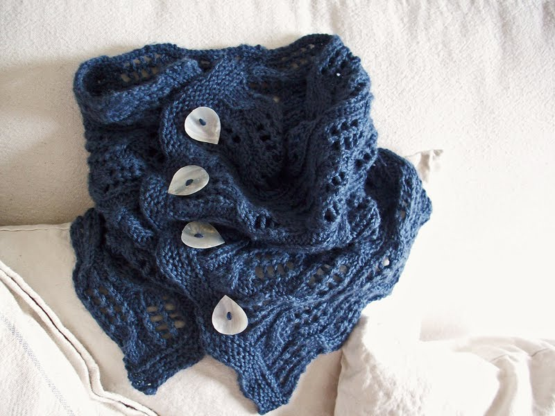 November Girl Tilting Tardis Cowl