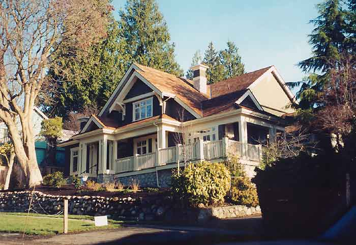 Craftsman style homes on pinterest craftsman craftsman for Craftsman wrap around porch