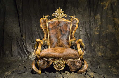 9 Infernal Furniture Made With Insects image gallery