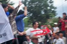 Arakan Paling Panjang bagi Pasangan Zainuddin Hasan dan Ikang Fawzi di Lampung Selatan, Feb 2010