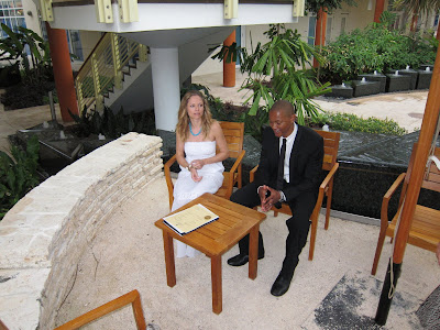 Love Blossoms for Simple Wedding at Caymana Bay, Grand Cayman - image 3