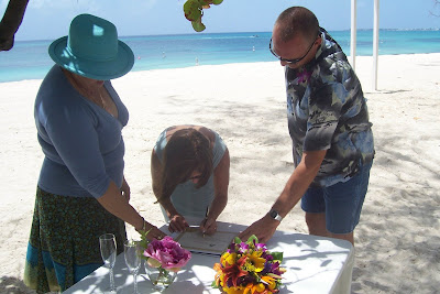 Surprise Seven Mile Beach Renewal for Cruise Vacationer - image 3