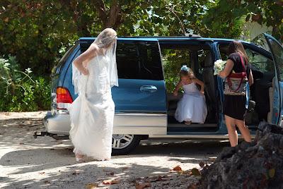 Cruise Wedding with Family at Alfresco's - image 2