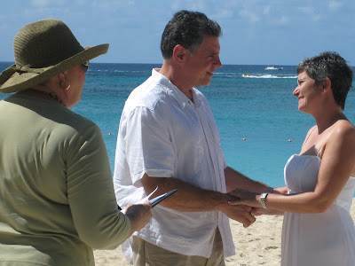 Seven Mile Beach Wedding Vows Renewal is Special - image 4