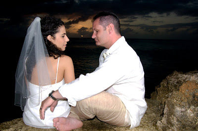 Fantastic Cayman Sunset Wedding for Tampa Couple - image 5
