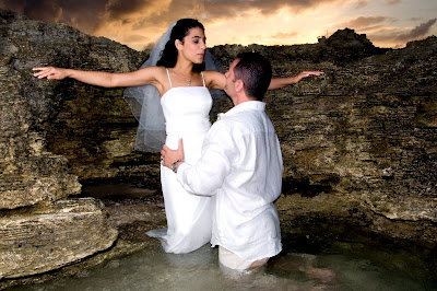 Fantastic Cayman Sunset Wedding for Tampa Couple - image 2