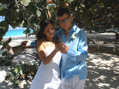 From the North Pole to Sunny Cayman- Vow renewal for US soldiers - image 5