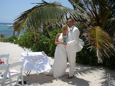 Cayman Beach Wedding with Unity Sand Ceremony - image 3
