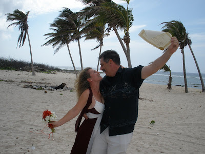 Couple Elope to Little Cayman Wedding - image 5