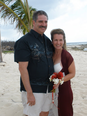 Couple Elope to Little Cayman Wedding - image 3