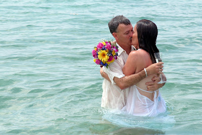 Family Style Cruise Wedding & Sand Ceremony in West Bay - image 7