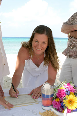 Family Style Cruise Wedding & Sand Ceremony in West Bay - image 6