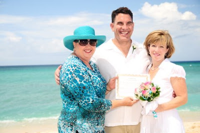 Family Style Wedding in Grand Cayman - image 4