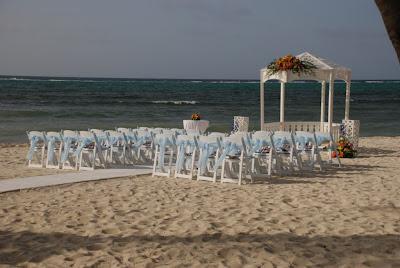 Romantic Cayman Wedding & Reception at Ristorante Pappagallo - image 2