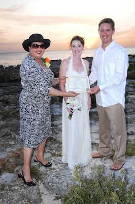 Smith's Cove, (Grand Cayman) Rocks for This Calfornia Couple - image 4