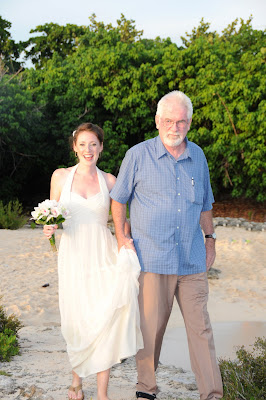 Smith's Cove, (Grand Cayman) Rocks for This Calfornia Couple - image 2