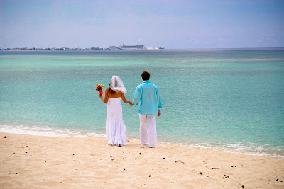 All the Ingredients for a Grand Cayman Cruise Beach Wedding - image 10