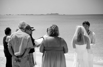 All the Ingredients for a Grand Cayman Cruise Beach Wedding - image 3