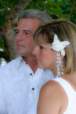 Cayman Islands Beach Wedding was Enchanting for Canadian Cruisers - image 1