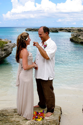 Beautiful Cruise Wedding at My Secret Cove, Grand Cayman - image 2