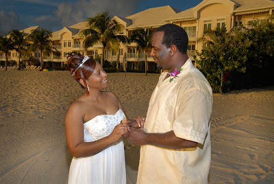 Cayman Wedding at Sunset for Memphis Visitors - image 3