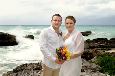 Fantastic Cayman Photography for German Couple's Beach Wedding - image 8