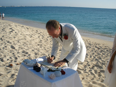 Sunday Afternoon Wedding, Seven Mile Beach, Grand Cayman - image 1