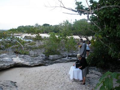 Chicago Couple Celebrates New Year Cayman Islands Wedding - image 2