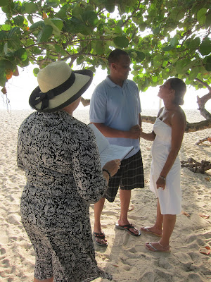 Take a Mini-break to Get Married in Grand Cayman - image 1