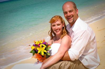 The Tropical Spendour of a Cayman Beach Wedding - image 7