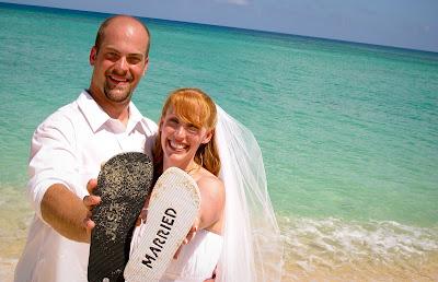 The Tropical Spendour of a Cayman Beach Wedding - image 8