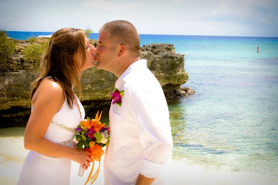 West Virginia Cruisers Enjoy Cayman Beach Wedding - image 6