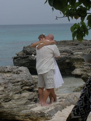 Why Grand Cayman is Perfect for Your Summer Cruise Wedding - image 3