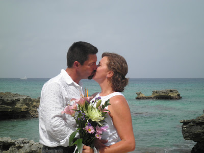 Why a Grand Cayman Wedding Vow Renewal is a Good Idea - image 2