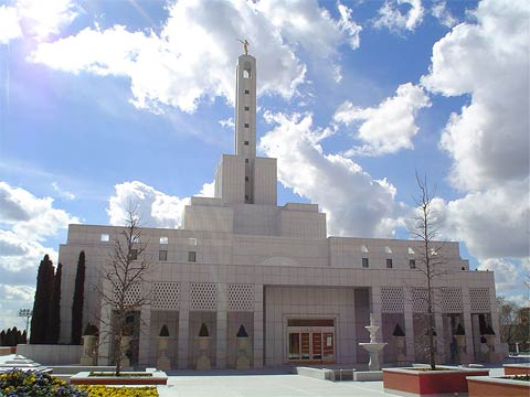 [madrid_lds_mormon_temple.jpg]