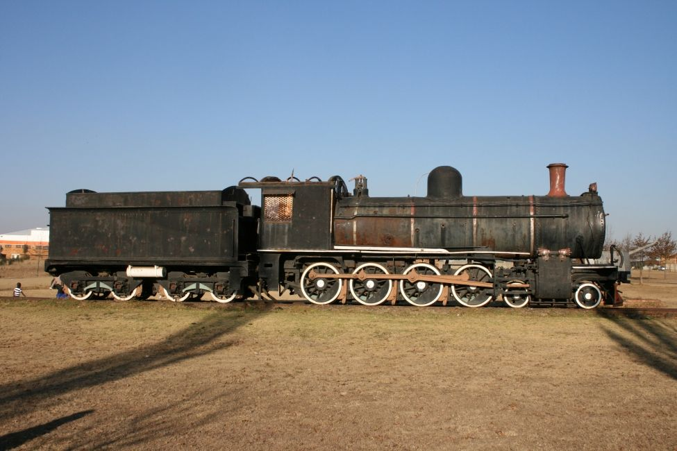 Ermelo South Africa  city photos : old STEAM LOCOMOTIVES in South Africa: Ermelo, in town on R29 road ...