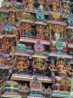 another closer view of Madurai Meenakshi temple tower